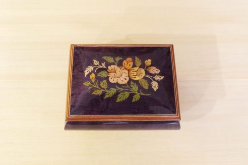 Sorrento inlaid music box