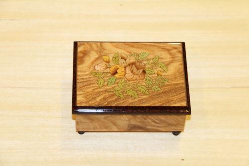 Cofanetto portagioie intarsiato - legno di frassino