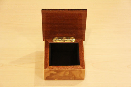 Velvet lining - Inlaid wood box with mahogany and olive ash